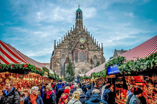 Nuremberg-Christmas-Markets-Germany-main-square