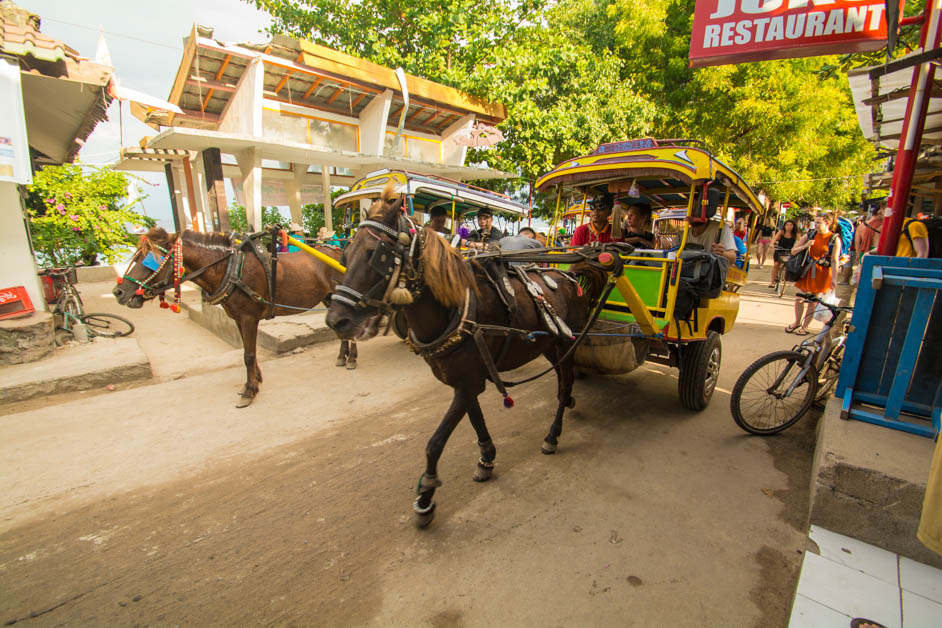 Busy streets on Gili Trawangan (1 of 1)
