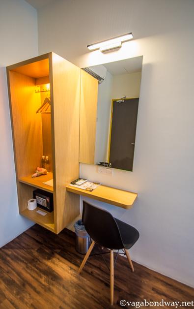desk-b-street-hotel